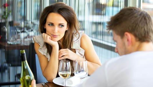Cómo maquillarse para una primera cita